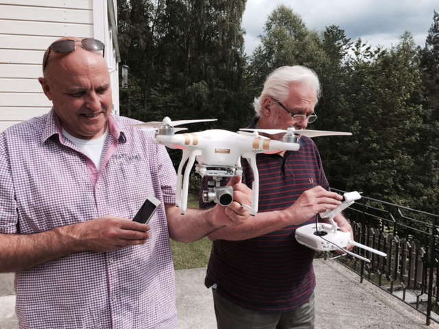 Arie & Fred and the DRONE